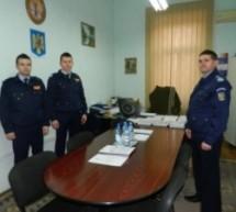 Doi studenţi în practică la Jandarmeria Satu Mare