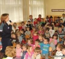 """""""Pieton pe strada copilăriei"""" la Grădinița nr. 33"""