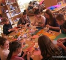 Elevii din Halmeu au adunat bani pentru Asociația Stea