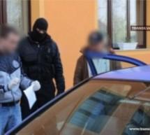 Percheziții la cotrabandiștii de țigări din Negrești-Oaș
