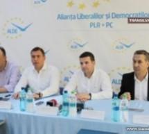 "Adrian Ştef le răspunde ""noilor liberali"""