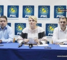 PNL-iştii au adunat 20.000 de semnături pentru demiterea lui Ponta