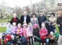 Copilașii de la Grădinița Voinicelul au plantat puieți în Parcul Liniștii