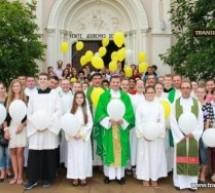 De 25 de ani Sfântă Liturghie şi în limba română la Biserica Calvaria
