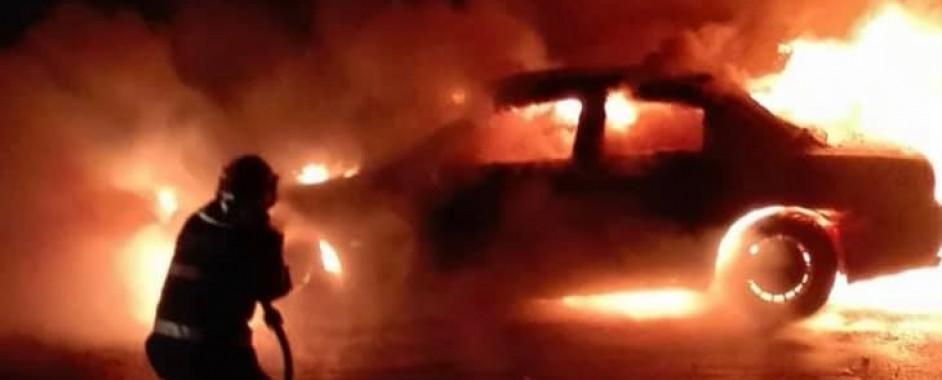 Incendiu la un autoturism în municipiul Satu Mare