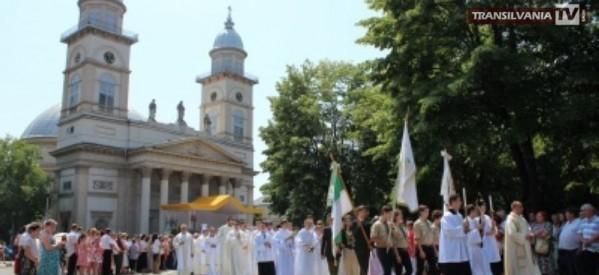 Procesiune de Hramul Diecezei Romano-Catolice a Sătmarului