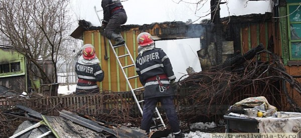 Incendiu la o casă din Lazuri, județul Satu Mare