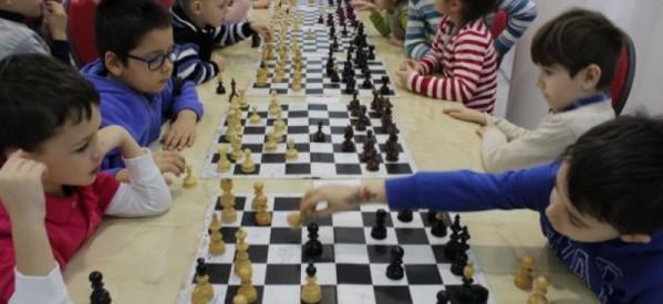 Câștigătorii primei ediții a Cupei de șah Rotaract