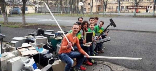 Caravana deșeurilor reciclabile