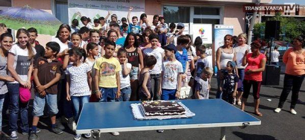 Peste 300 de copii s-au distrat de ziua lor în Insula de Bucurie