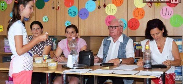 """Școlarii de la centrele Caritas au participat la """"Concursul de citit povești"""""""