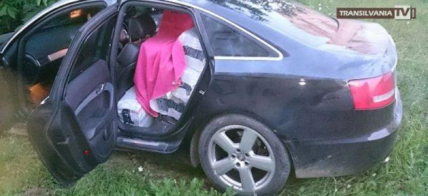 Contrabandist de țigări urmărit de poliția de frontieră, a intrat cu mașina într-un gard