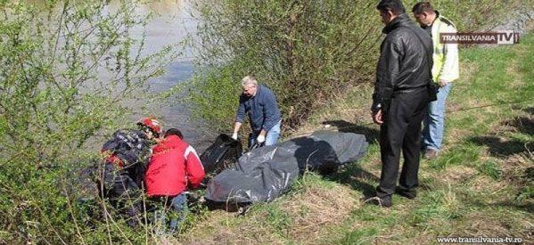 Cadavrul unei femei a fost găsit plutind în râul Someș