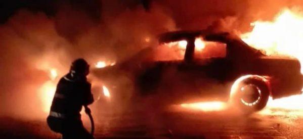 Un autoturism a ars în Satu Mare