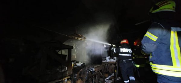 Incendiu la o afumătorie din Satu Mare